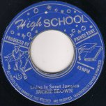 Living In Sweet Jamaica / Ver - Jackie Brown
